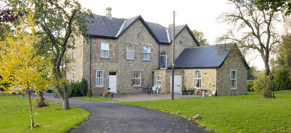 The grove learning disabilities short breaks hotel for for The grove house